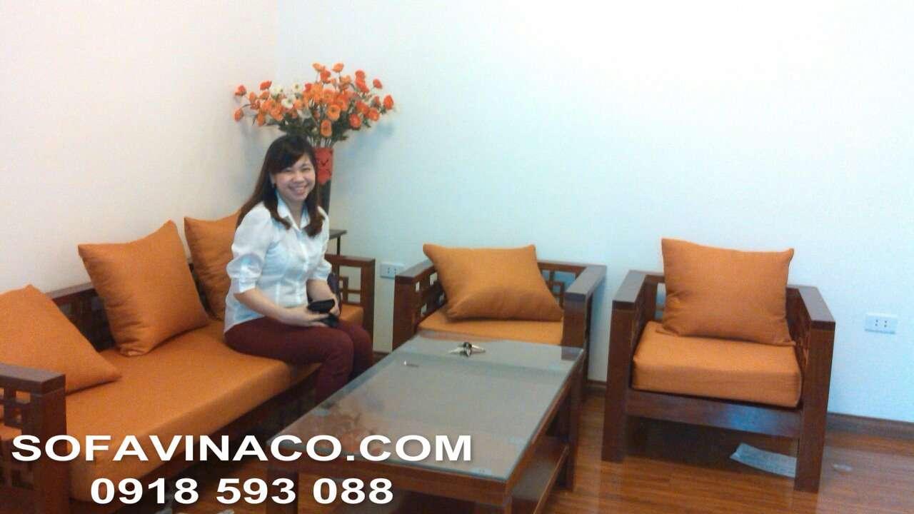 Bọc đệm ghế gỗ nhà chị Hằng - Trần Quý Kiên