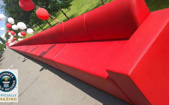 Đây có phải là chiếc sofa dài nhất