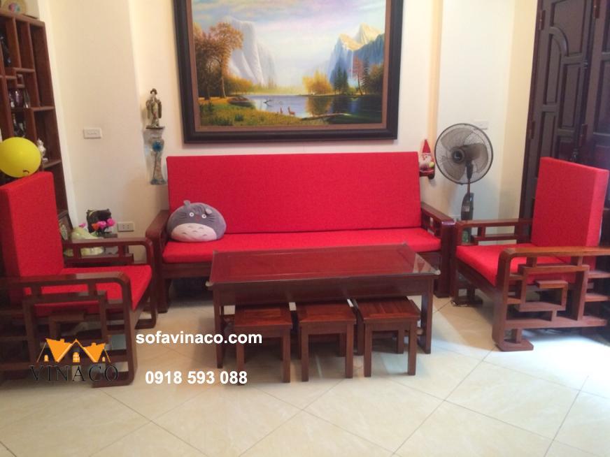 Làm đệm ghế sofa hiện đại với gam màu đỏ ấm áp