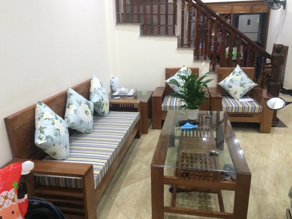 Làm đệm ngồi ghế gỗ hiện đại tại Thịnh Liệt Hoàng Mai, Hà Nội