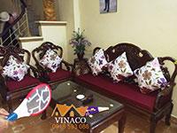 Bộ đệm ghế gỗ màu mận cho gia đình tại quận Nam Từ Liêm, Hà Nội