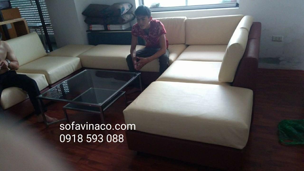 Bọc ghế sofa: Bọc ghế sofa da nhà chị Trà ở Trần Thái Tông