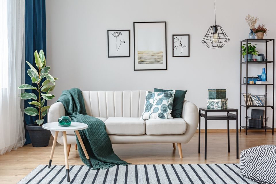 Bọc ghế sofa làm mới không gian sống