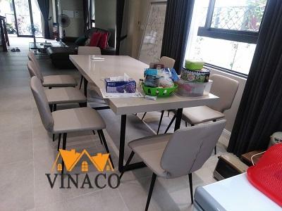 Bọc lại ghế ăn ở Vincom Thăng Long