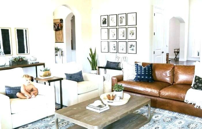 Cần xem xét những yếu tố nào khi chọn ghế sofa