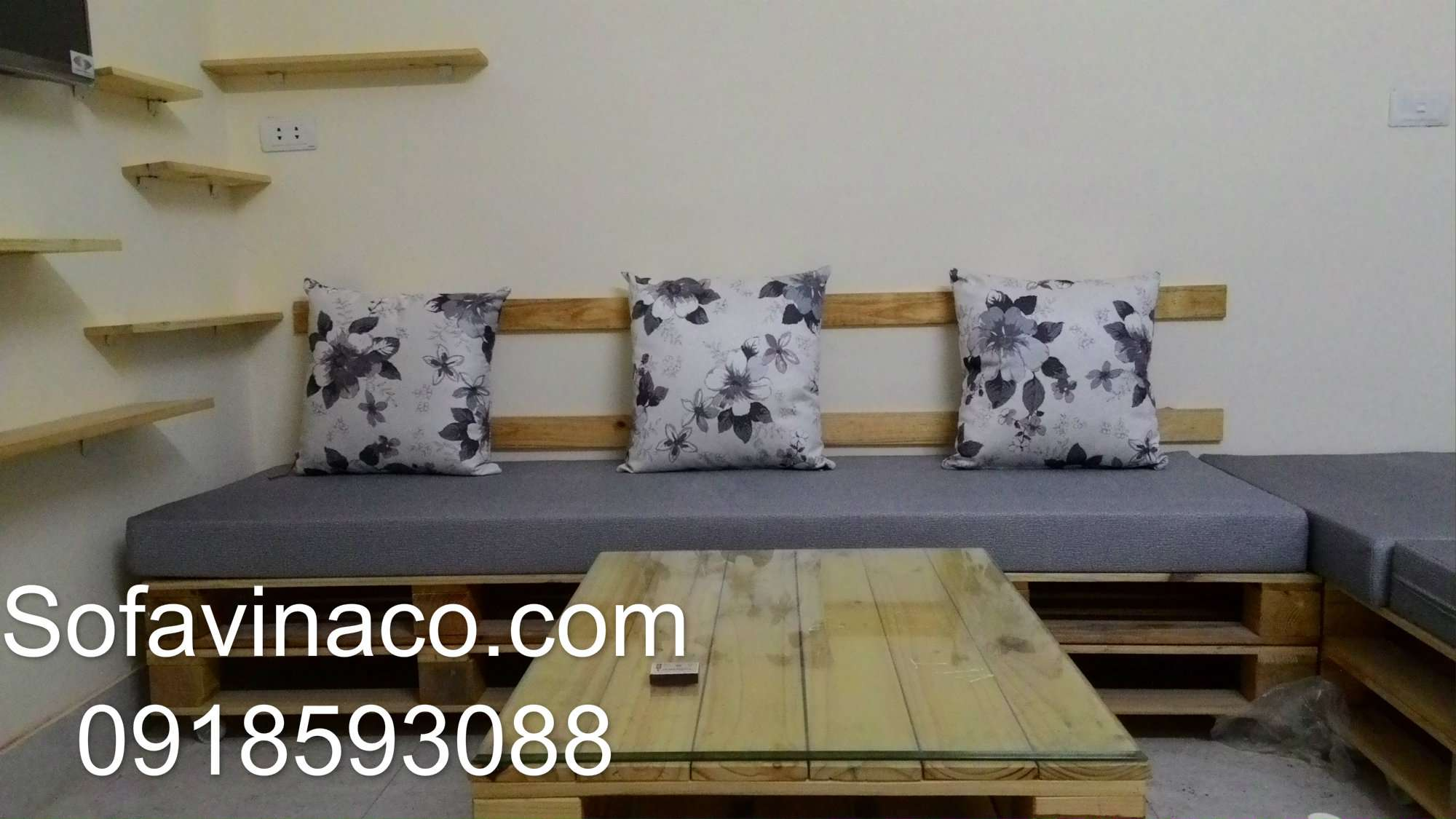 Đệm ghế sofa gỗ nhà chị Thúy đường 8-3 Minh Khai