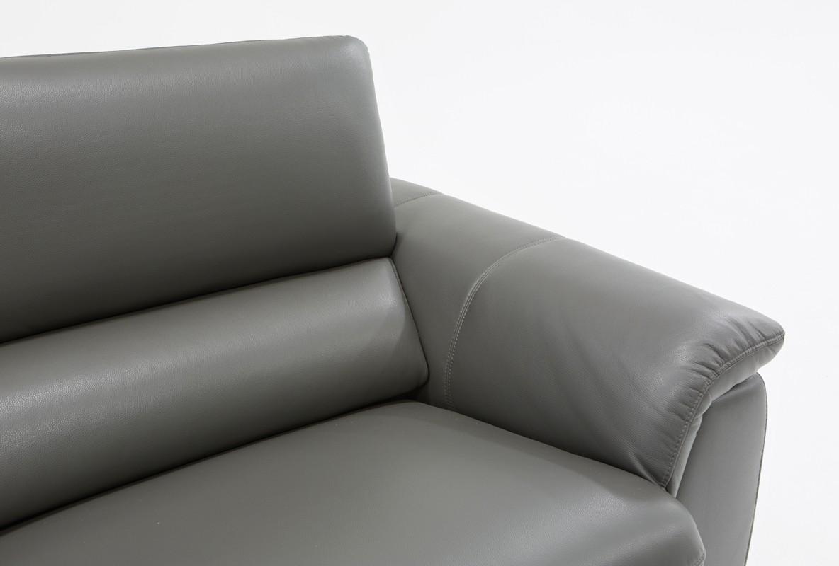 Khắc phục bọc da ghế sofa bị mốc và cách bảo quản sofa da trong mùa lạnh