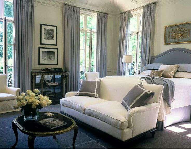 Khi lựa chọn ghế sofa cho phòng ngủ cần chú ý những gì?