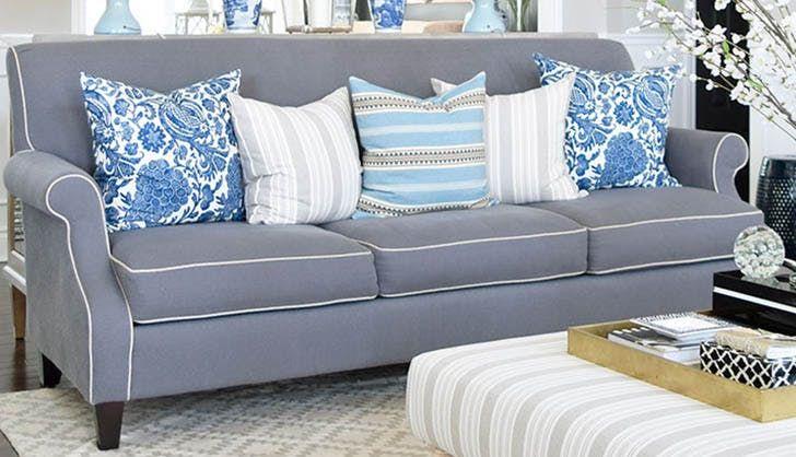 Khiến cho bộ sofa nhà bạn đẹp hơn với gối trang trí
