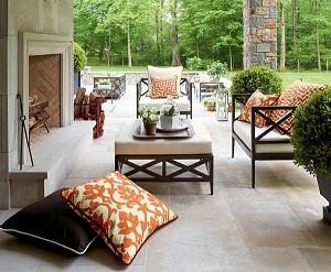 Làm đệm ghế gỗ bằng chất liệu nào phù hợp với mùa đông