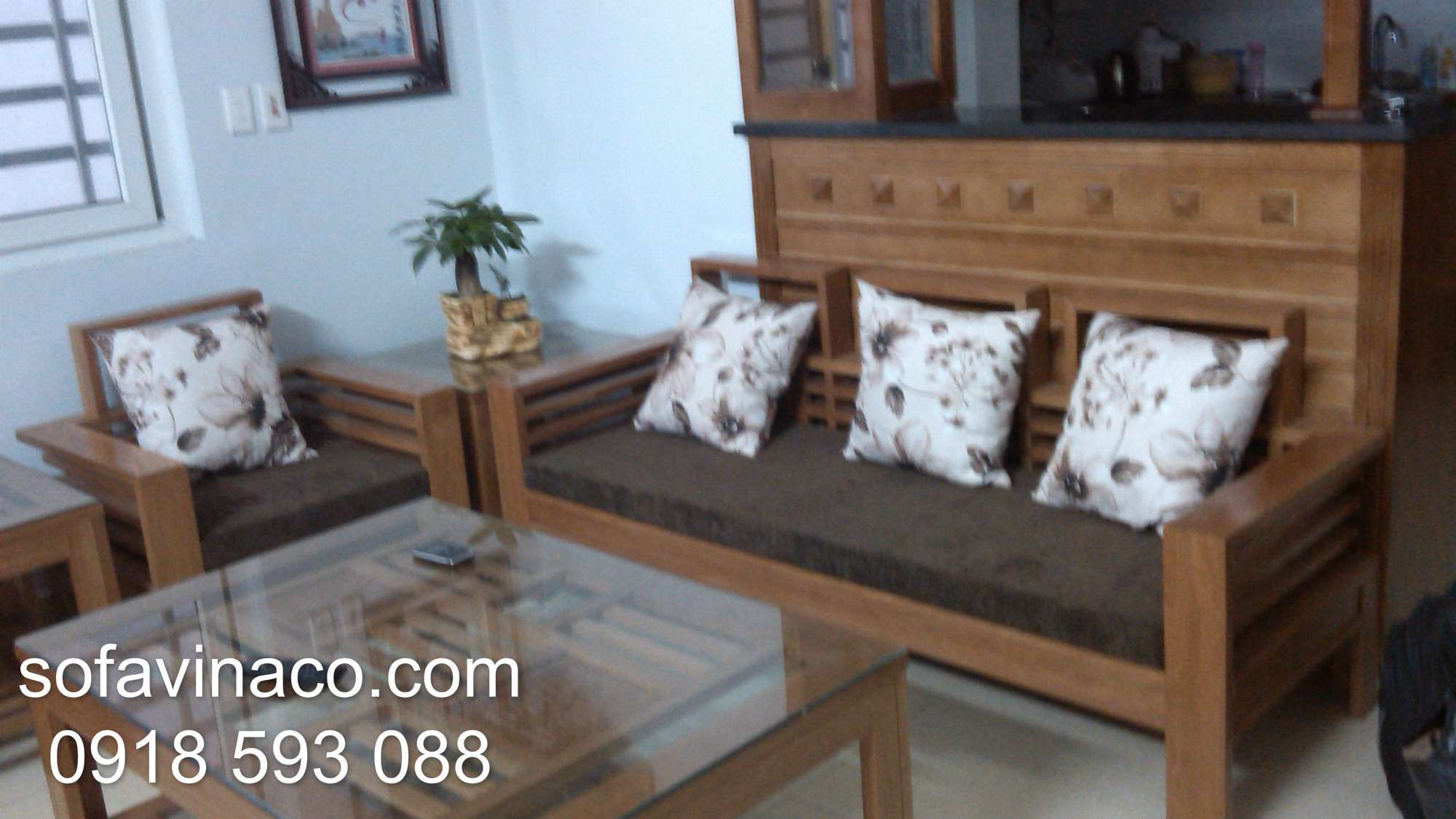 Làm đệm ghế gỗ nhà Chị Linh Ngọc Hồi