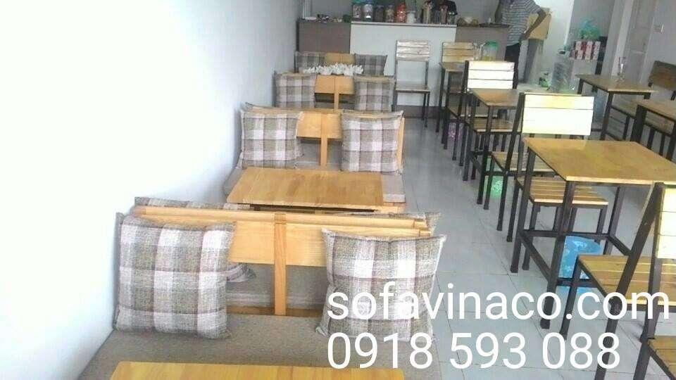 Làm đệm ghế sofa gỗ quán ăn tại Hà Nội