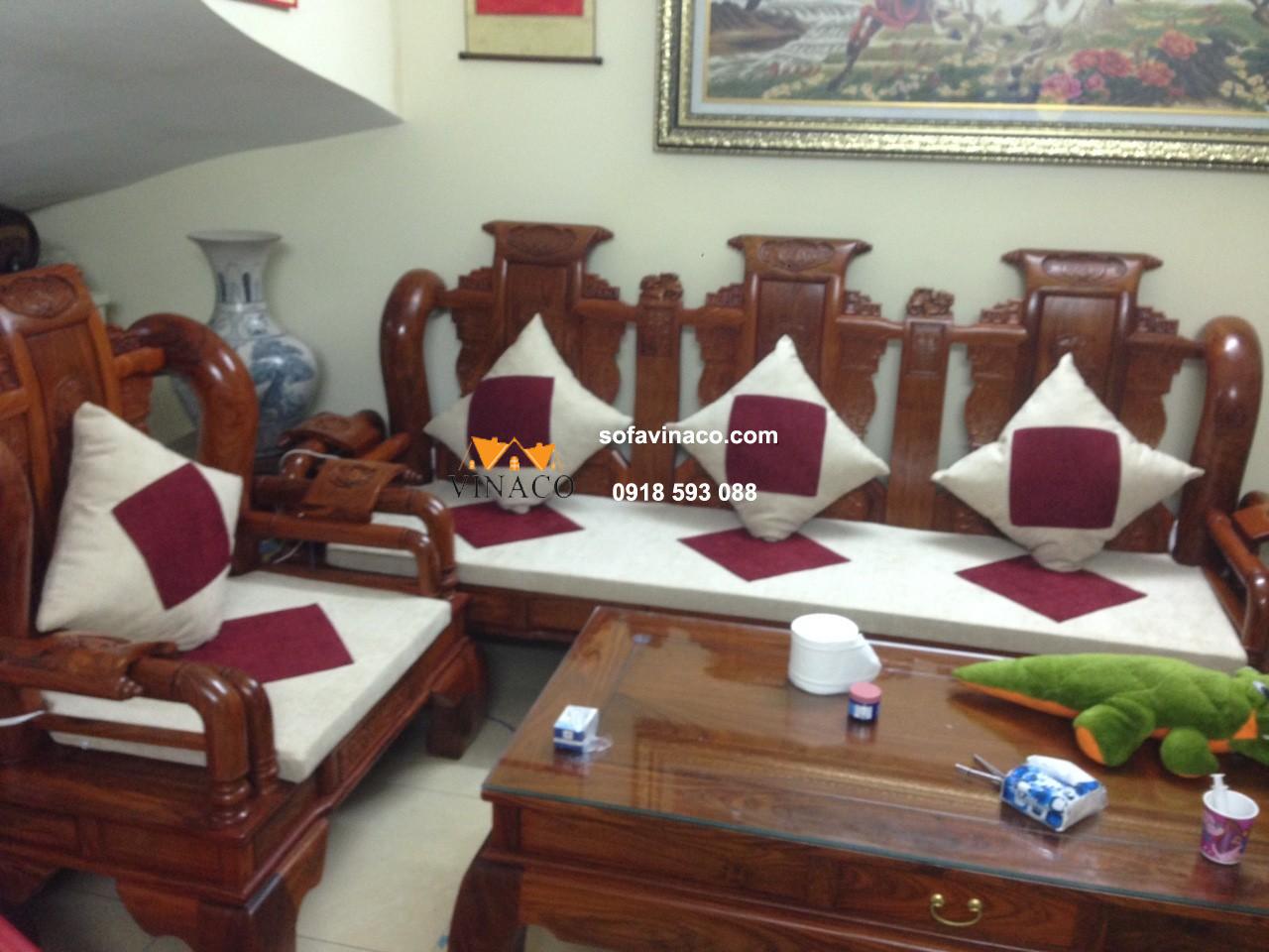 Làm đệm ngồi cho những bộ ghế gỗ Tần Thủy Hoàng