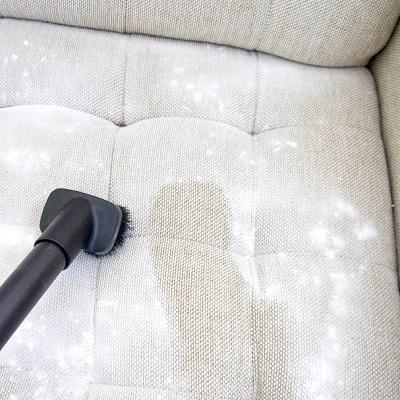 Làm sạch sofa da lộn với phương pháp giặt khô