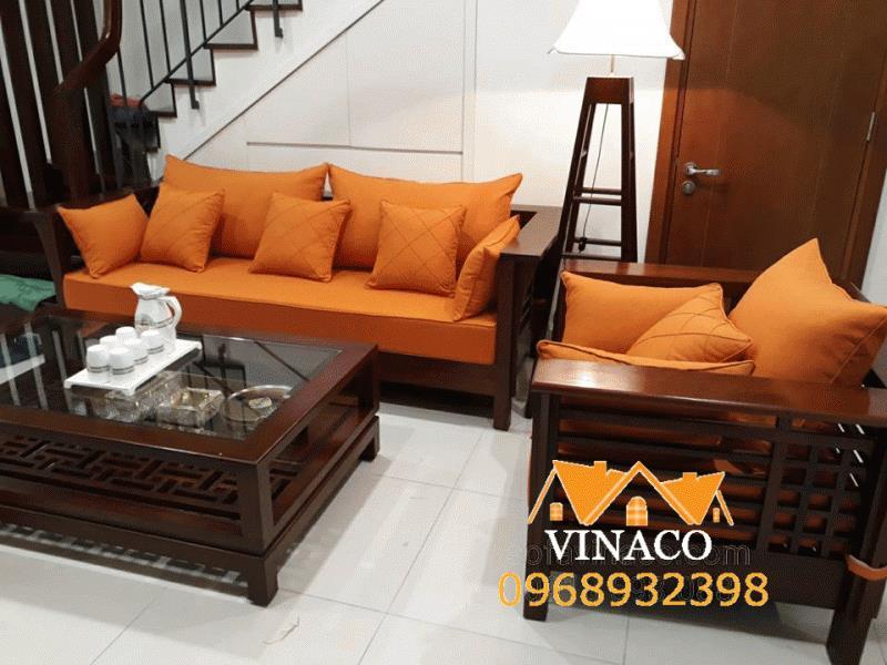 Lợi ích và chất liệu làm đệm ghế cho những bộ bàn ghế gỗ hiện đại