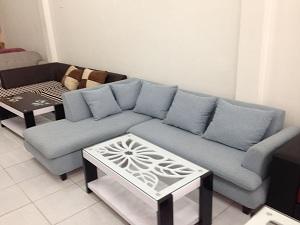 Mẫu ghế sofa L kiểu dáng đơn giản thanh lịch