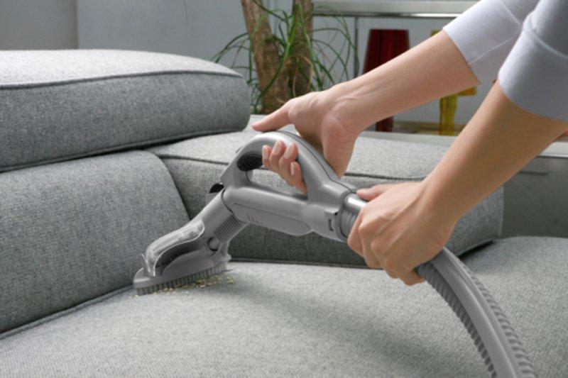 Những cách bảo quản và vệ sinh các loại sofa