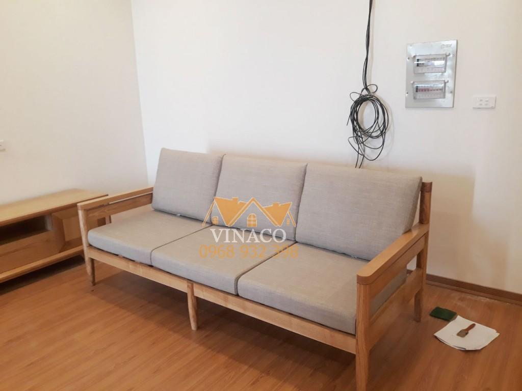 Thay đổi diện mạo không gian phòng khách ấn tượng nhờ làm đệm ghế gỗ