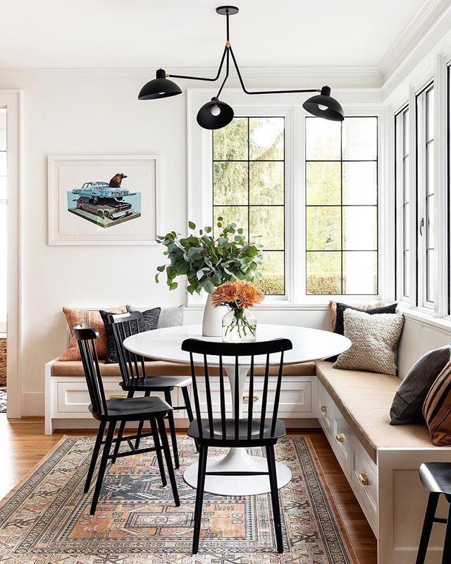 Thiết kế nhà bếp cùng ghế sofa